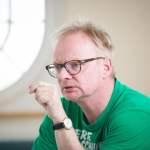 Der Kabarettist Uwe Steimle und die Bürgermeisterin Annekatrin Klepsch im Gespräch in den Technischen Sammlungen in Dre