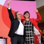 Wahl der neuen SPD Vorsitzenden Die Entscheidung über die neue SPD-Spitze ist gefallen. Bei der Stichwahl sind Saskia E