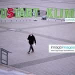 Climate Protest, SPD Party Congress DEU, Deutschland, Germany, Berlin, 06.12.2019 Protest von Greenpeace mit Installatio
