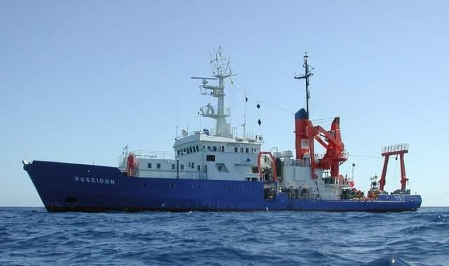 Sea-Watch 4 (hier noch als Poseidon) (Bild: Goetz Ruhland (gruhland@gruhland.de); siehe Link; CC BY-SA 3.0)