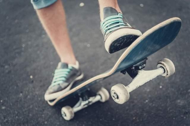 Skateboard (Bild: shutterstock.com/Von Natalie magic)