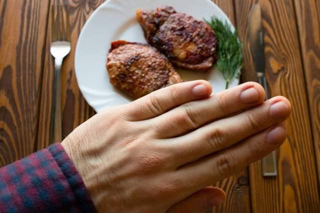 Kein Fleisch (Bild: shutterstock.com/ Von itakdalee)