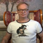 Uwe Steimle mit einer neuen Ausgabe von Steimles Aktuelle Kamera; Bild: Screenshot Youtubevideo Steimles Welt