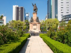 Kolumbus-Statue (Bild: shutterstock.com/Von Kamira)