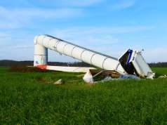 Windkraft (Bild: shutterstock.com/Von juerginho)