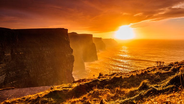 cliffs-of-moher-sunset