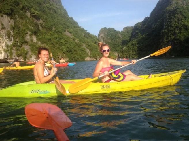 kayaking-haling-bay