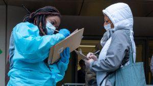 COVID-19: les hospitalisations en hausse alors que le Québec rentre dans la 3e vague