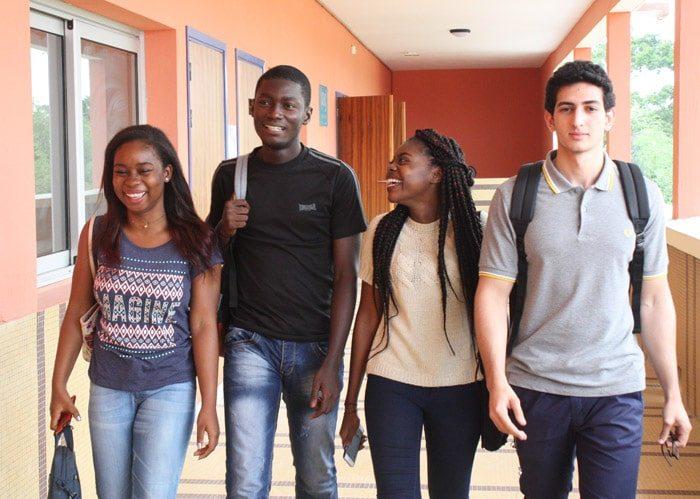 Lycée Jean Mermoz de Dakar recrute un enseignant en Anglais