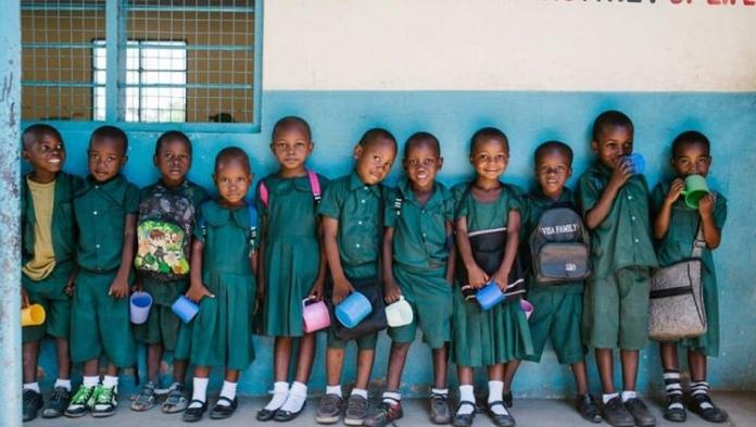Éducation des filles dans le monde/UNESCO dénonce l'absentéisme des enseignants
