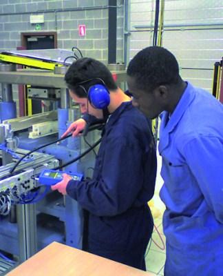 Recrutement d'un technicien supérieur en électromécanique