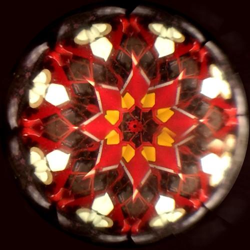 赤い万華鏡