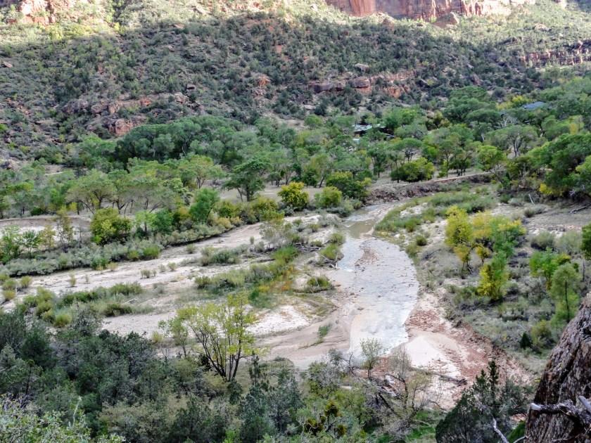 dsc02150 Zion National Park: Majestic Cliffs