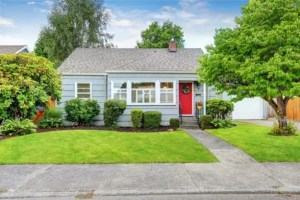 Quick & Easy Ways to Boost Your Home's Curb Appeal
