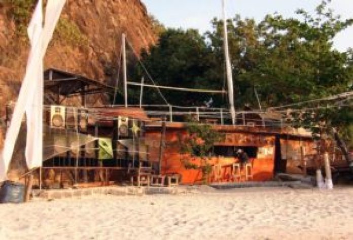 pirates bar koh phangan