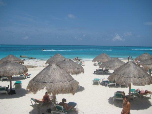 Cancun journeysacrosstheborder
