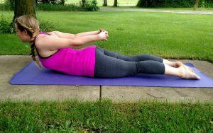 9 amazing benefits of sarpasana yoga pose  journeys of yoga