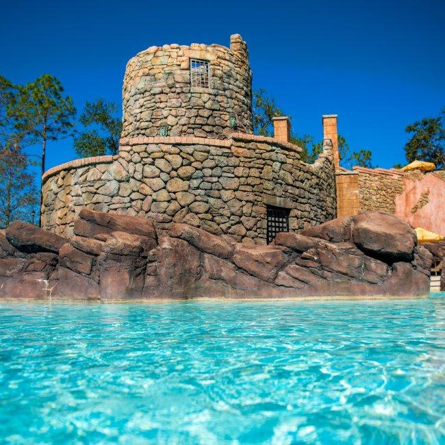 universal orlando resort pools