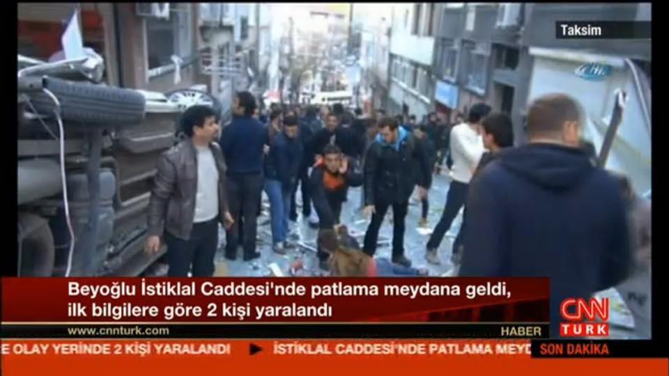 CNN Türk'ün 19 Mart 2016'da İstiklal Caddesi'nde gerçekleşen patlamaya ait olduğunu iddia ettiği bu fotoğrafı Google'da aratarak işe başlayabilirsiniz.