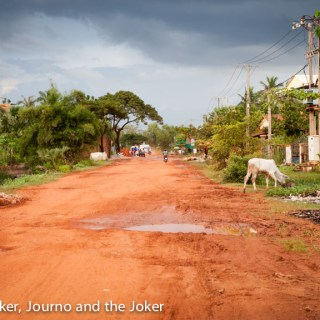 The road less travelled - a dirt road in Siem Reap