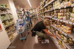 ggemeenteraad Groningen kooptin voor voedselbank 2014-joshuakeller-1250