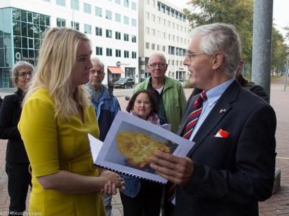 nederland 2014, corpus den hoorn, martiniplaza, ondertekening trace ringzuid