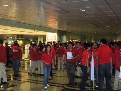 Team Singapore returns