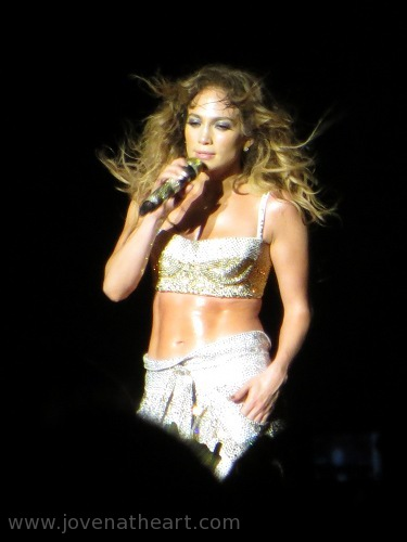 Jennifer Lopez, Dance Again Tour Singapore 2012 [pic © @jovenatheart]