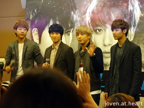CN Blue in Singapore - Press Conference