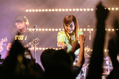 MTV Sessions: Ming Bridges (photo: MTV Asia/Aloysius Lim}
