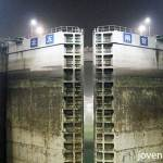 Three Gorges Dam (三峡大坝)