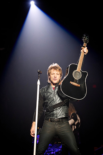 Jon Bon Jovi (Photo Credit_David Bergman_ TourPhotographer.com)