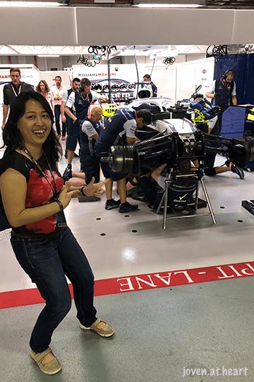 2018 Formula 1 Singapore Airlines Singapore Grand Prix (Saturday) - Williams Martini Racing Garage