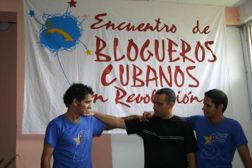 La Joven Cuba se tira una foto con Yohandry Fontana. Por fin se descubre el misterio.