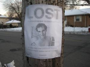 Roberto Peralo se encuentra desaparecido desde hace un mes... cualquiera que sepa de su paradero por favor que se comunique a través del correo lavandopañales@gmail.com.