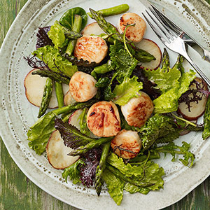 scallops-with-asparagus-salad-ss