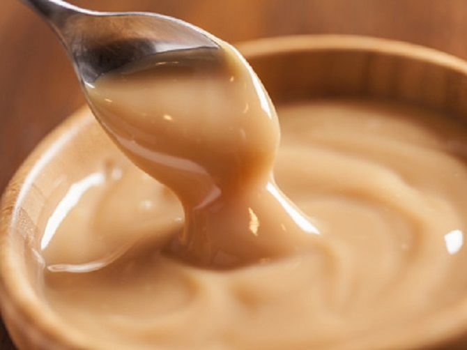 You can pour this caramel into a form covering the food film. After sweetness cool down a little, put in the freezing chamber. After a few hours, the dessert serve to the table.