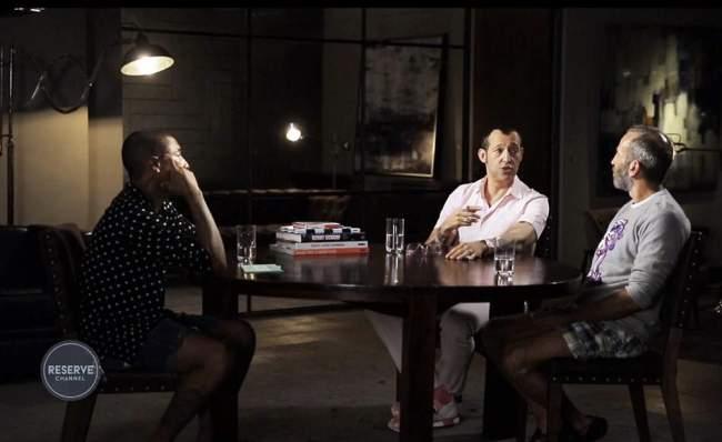 Pharrell WILLIAMS Interviewe Karim RASHID & Kenny SCHARF pour ARTST TLK