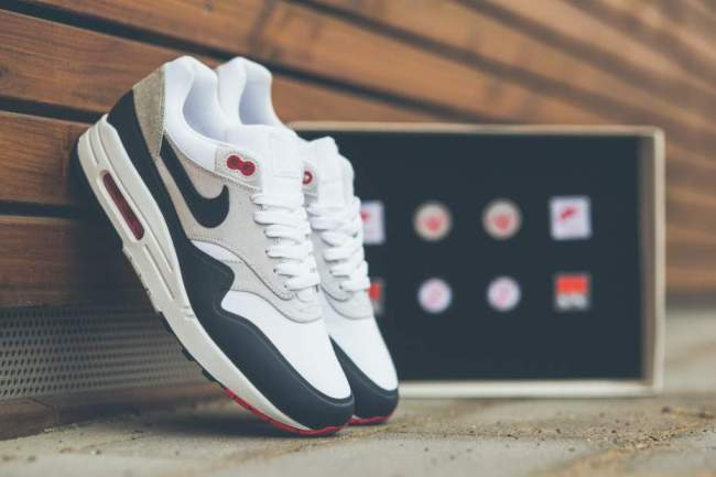 AIR MAX DAY blog mode homme Nike-Air-MAx-1-Og-Dark-Obsidian-PAtch-930x620