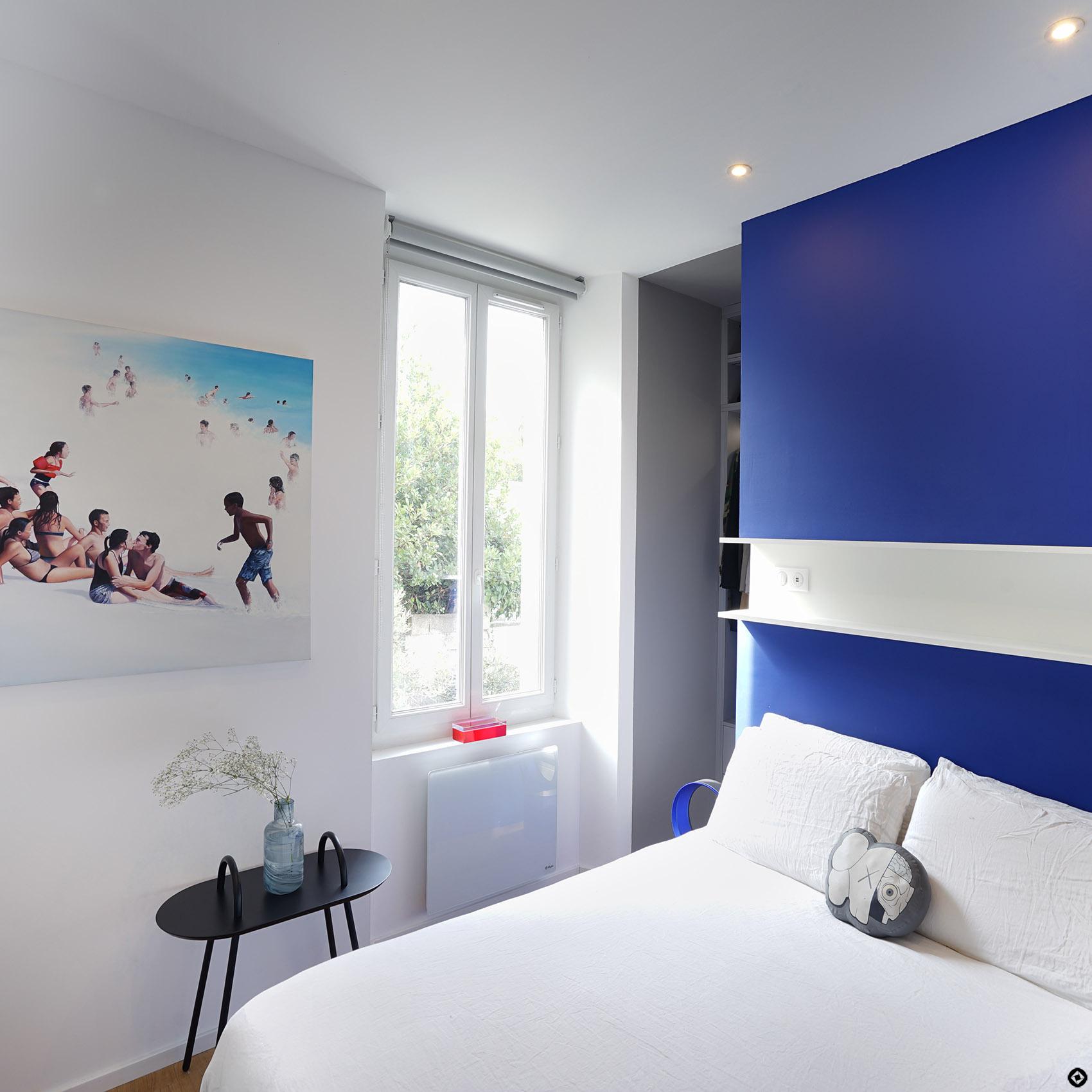 tete de lit avec dressing derriere cinq conseils pour bien am nager son dressing madame figaro. Black Bedroom Furniture Sets. Home Design Ideas