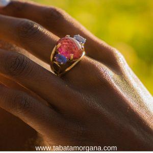 Tabata Morgana - Anillo de turmalina y tanzanitas en oro