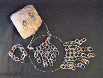 Ana Ruiz - Piezas material reciclado