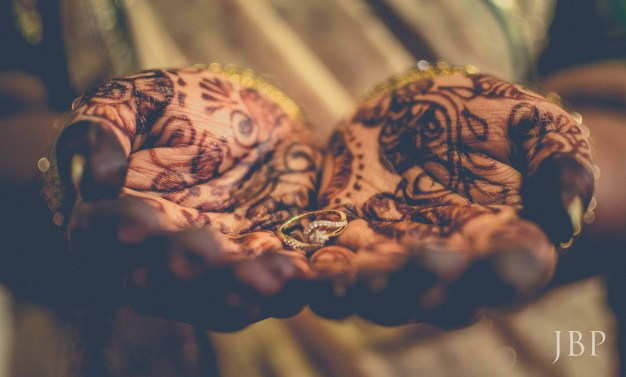 The Wedding Ring. Fine-Art Wedding Photographer in Kolkata