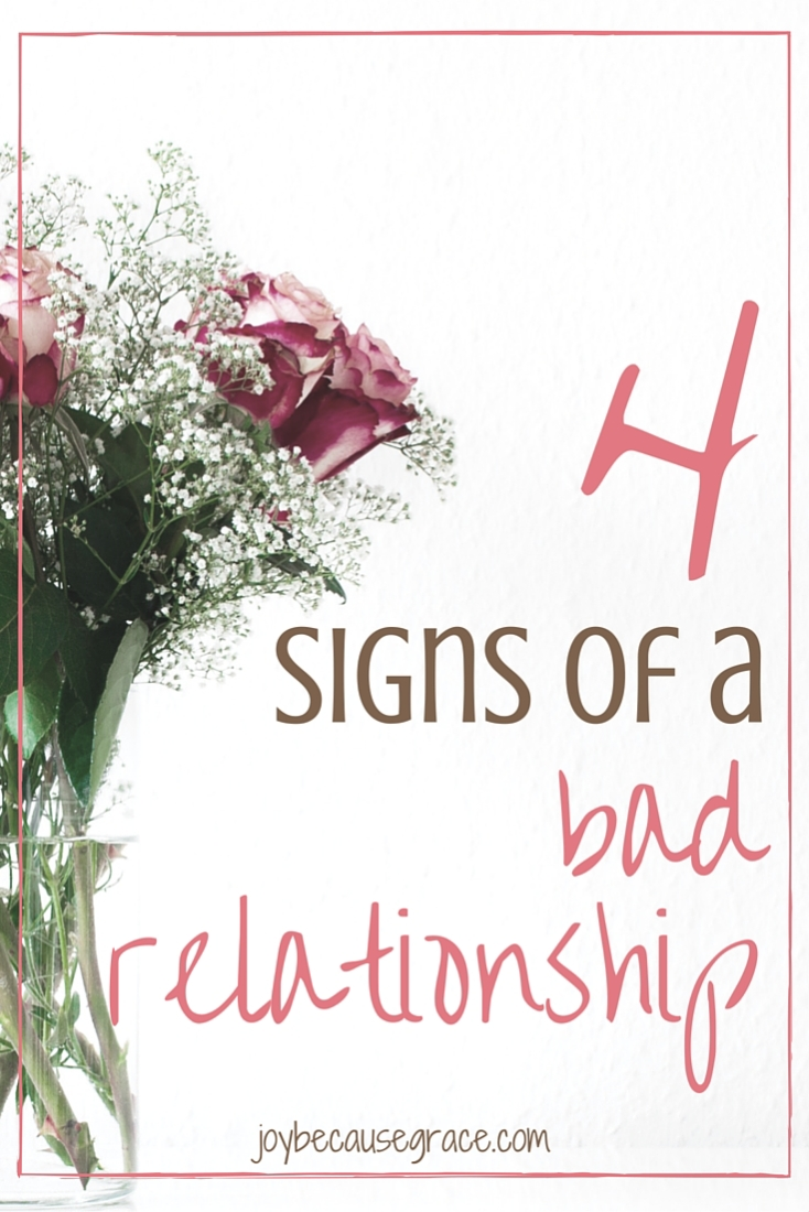 Here are four warning signs I've learned, that you can use to figure out whether or not your dating relationships are healthy.