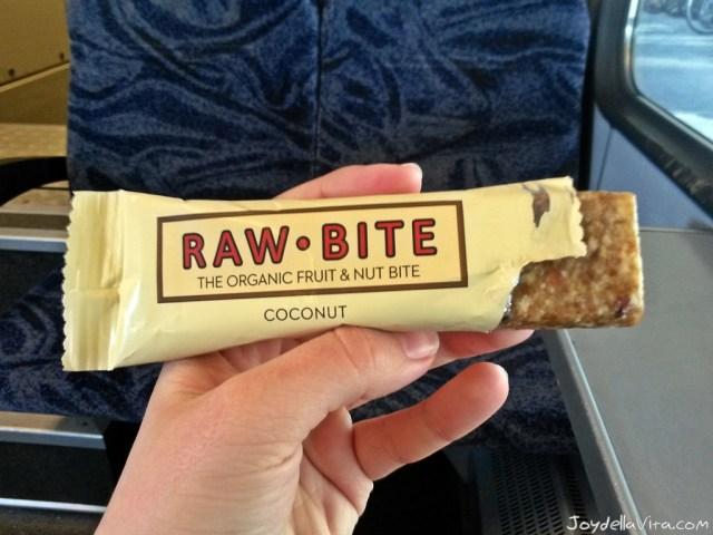 RAW BITE Coconut Bar - Vegan and delicious