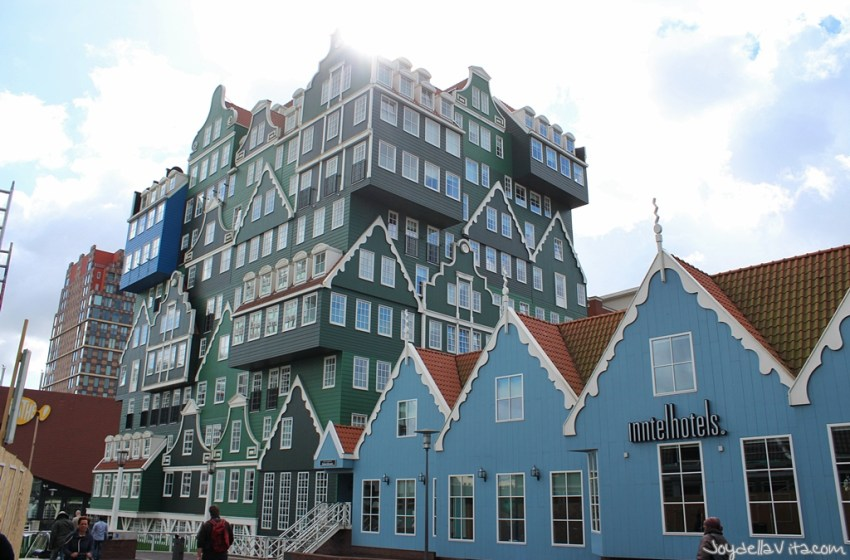 Travel Diary: 1 hour in Zaandam