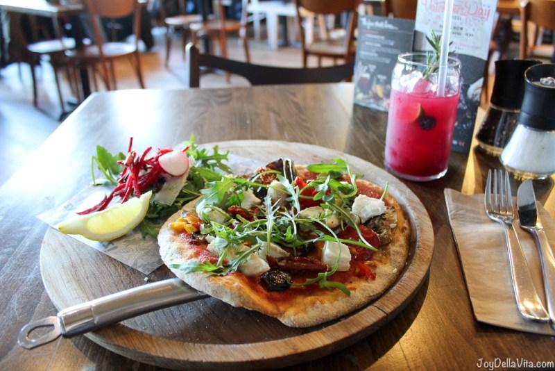 Skinny Primavera Pizza - Goats' cheese, roasted aubergine, artichokes, peppers, slow roasted tomatoes, olives & fresh oregano Zizzi Edinburgh JoyDellaVita