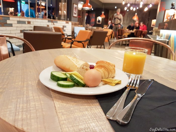 complimentary Breakfast at Jamboree / ibis Styles Manchester