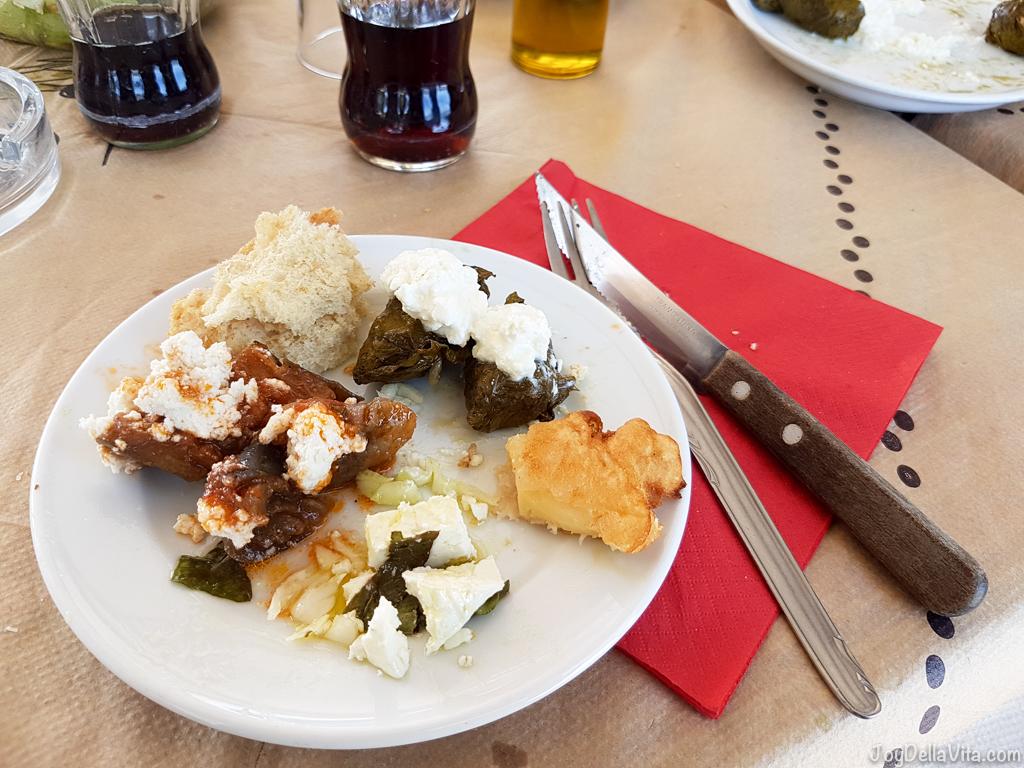 Vegetarian Food at Αkrogiali Restaurant Kato Zakros Beach Crete JoyDellaVita