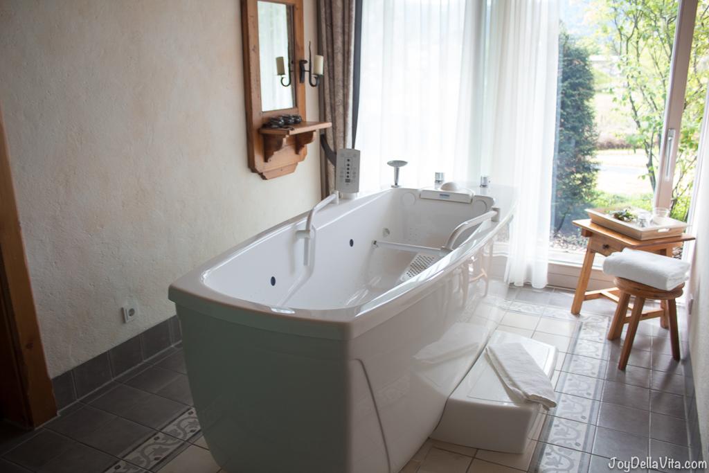 Bergwiesen Spa wellness area Lindner Hotel Oberstaufen - JoyDellaVita.com